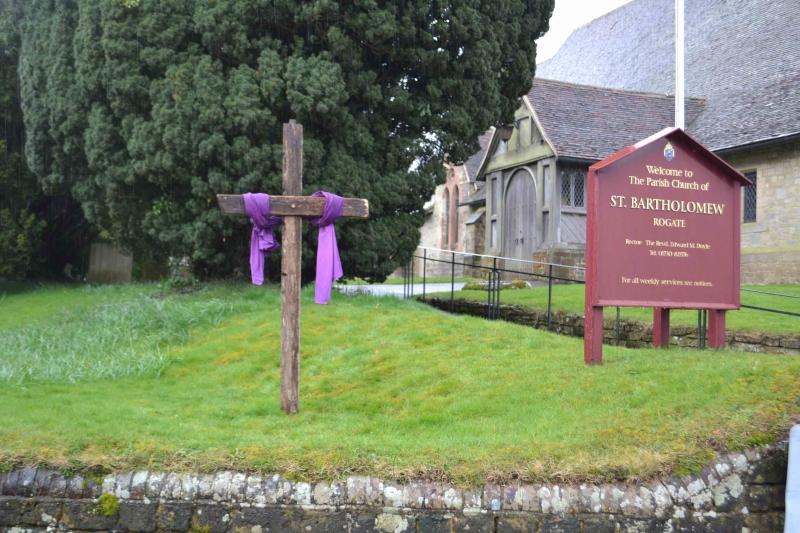 Holy Week Cross 001